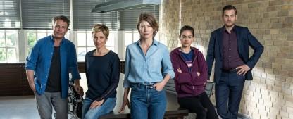"""Neue """"SOKO Köln""""-Chefin Sonja Baum: """"Sie ist schon sehr eigen und ein bisschen speziell"""" – Interview zu Drehs unter Corona-Bedingungen, """"Julia – Wege zum Glück"""" und """"How to Sell Drugs Online (Fast)"""" – Bild: ZDF/Lars Laison"""