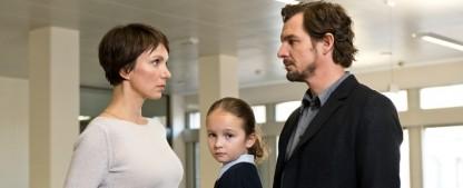 """3sat Zuschauerpreis geht an Sorgerechtsdrama mit Felix Klare (""""Tatort"""") – SWR-Produktion """"Weil du mir gehörst"""" ausgezeichnet – Bild: obs/SWR"""