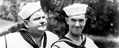 """Weihnachten mit """"Dick und Doof"""", """"The Munsters"""" und """"Sherlock Holmes"""" – Fest für Nostalgiker bei Nitro – Bild: TVNOW / © BetaFilm"""