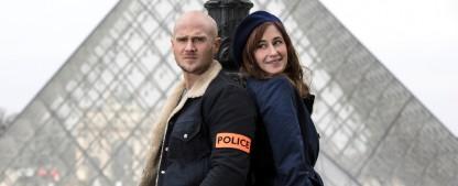 """""""Art of Crime"""": ZDFneo zeigt zweite Staffel als Nacht-Marathon – Kunsthistorikerin und Kunstbanause ermitteln wieder gemeinsam in Paris – Bild: ZDF/Philippe Le Roux"""