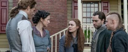 """""""Outlander"""": Emotionaler Abschied in neuer Folge """"Reisen"""" – Review – Unser Recap zur elften Episode der fünften Staffel – Bild: Starz"""