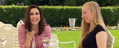 """VOX testet Doku-Soap """"Heimlich verliebt"""" mit Judith Williams – Unternehmerin aus """"DIe Höhle der Löwen"""" fördert Selbstbewusstsein – Bild: VOX / Sony Pictures"""