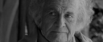 """""""Herr der Ringe""""-Star Ian Holm ist tot – Darsteller des Bilbo Beutlin feierte auch Erfolge mit """"Alien"""" und """"Das fünfte Element"""" – Bild: Warner Bros. Pictures"""