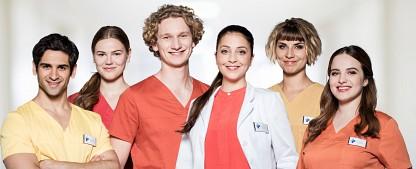 """""""In aller Freundschaft – Die Krankenschwestern"""": Neue Folgen auf 2021 verschoben – Zweite Staffel des Vorabend-Ablegers muss wegen Corona-Engpässen warten – Bild: ARD/Markus Nass"""