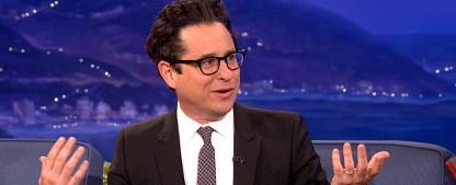 """Bieterstreit um neue Serienidee von J.J. Abrams (""""Alias"""", """"Fringe"""", """"Star Wars"""") – Abrams' Rückkehr als Autor eines Serienpiloten – Bild: TBS"""