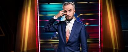 """Quoten: Böhmermann und Mockridge punkten beim jungen Publikum – """"Der Alte""""-Staffelfinale und """"Let's Dance"""" dominieren den Freitagabend – Bild: ZDF/Ben Knabe"""