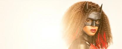 """""""Batwoman"""": Erster Teaser-Trailer mit Batwoman 2.0 – Javicia Leslie schlüpft in Staffel zwei in den Batsuit – Bild: The CW/Nino Muñoz"""