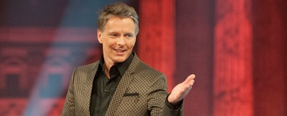 "[UPDATE] Jörg Pilawas ""Quizduell"" ersetzt ""Verbotene Liebe"" – Studio-Kandidaten treten gegen Online-Zuschauer an – Bild: NDR/Max Kohr"