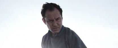 """""""The Third Day"""": Trailer zur Sky/HBO-Serie mit Jude Law und Naomie Harris – Miniserie erscheint im Mai bei Sky – Bild: HBO/Sky"""
