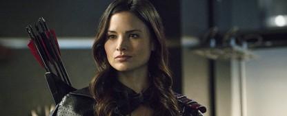 "Katrina Law (""Arrow"") schließt sich Gangster-Serie ""The Oath"" an – ""Nyssa al Ghul"" wird zum Mitglied einer Cop-Gang – Bild: The CW"