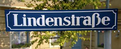 """""""Lindenstraße""""- Fans kündigen Demos in Köln und München an – Protestgruppe startet Petition und Videoaufruf gegen die Absetzung – Bild: WDR"""