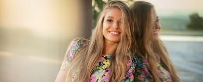"""Lola Weippert wird TVNOW-Moderatorin für """"Temptation Island"""" und """"Prince Charming"""" – Exklusiver Neuzugang bei dem Streamingdienst – Bild: TVNOW/Frank Fastner"""