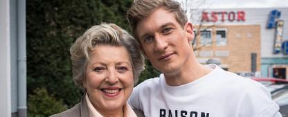 """""""Lindenstraße"""": Martin Walde wird neuer Hauptdarsteller – Ninas Bruder Marek kehrt nach München zurück – Bild: WDR/Steven Mahner"""