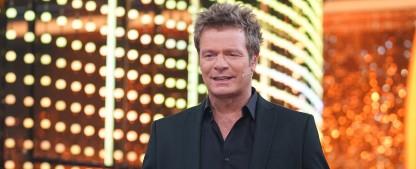 """""""Die ultimative Chart Show"""": Oliver Geissen kürt die Hits des Jahres – Traditioneller musikalischer Jahresrückblick bei RTL – Bild: MG RTL D / Stefan Gregorowius"""