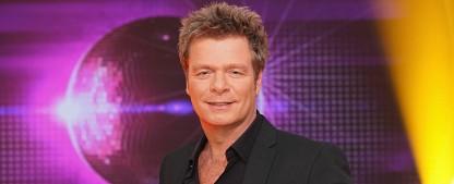 """""""Die ultimative Chart Show"""" kehrt im Dezember zurück – Oliver Geissen präsentiert die Hits des Jahres 2019 – Bild: MG RTL D / Stefan Gregorowius"""