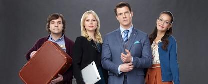 """""""Signed, Sealed, Delivered."""": Hallmark bestellt vier weitere Filme für 2016 – Post-Detektive weiter im Einsatz – Bild: Hallmark Channel"""