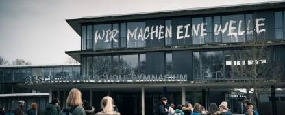 """""""Wir sind die Welle"""": Trailer zur deutschen Netflix-Produktion – Schüler-Protestbewegung entwickelt Eigendynamik – Bild: Netflix"""