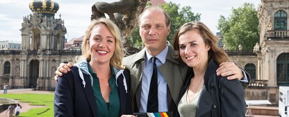 """Erster Dresden-""""Tatort"""" spielt im Schlager-Milieu – Weibliches Ermittlerteam im Einsatz in der """"heilen Welt"""" – Bild: MDR/Andreas Wünschirs"""