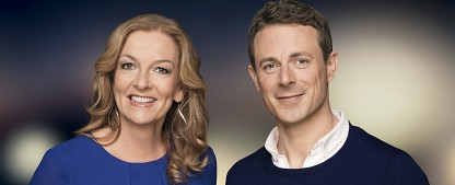 "Alexander Bommes hört bei ""Tietjen und Bommes"" auf – Bettina Tietjen sucht neuen Partner bei NDR-Talkshow – Bild: NDR/Thomas Leidig"