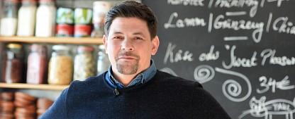 """Quoten: """"Tatort"""" kratzt an der 10-Millionen-Marke, """"Kitchen Impossible"""" mit Rekord zum Abschied – Filmwiederholungen auf ProSieben erfolgreich, """"The Voice Kids"""" mit Staffeltief – Bild: VOX / PA / Frank May"""