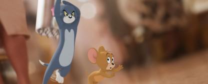 """Ein Hauch von """"Roger Rabbit"""": Erster Trailer zum neuen """"Tom & Jerry""""-Kinofilm veröffentlicht – Katz-und-Maus-Spiel als Mischung aus Animations- und Realfilm – Bild: Courtesy Warner Bros. Pictures"""