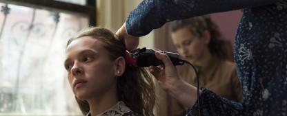 """Netflix: Trailer zu """"Unorthodox"""", """"Haus des Geldes"""" und """"Ozark"""" – Neue deutsche Serie geht an den Start – Bild: Anika Molnar/Netflix"""