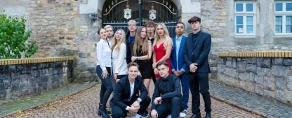 """""""Villa der Liebe"""": TVNOW sichert sich """"365 Tage Parodie"""" – Serie mit YouTube-Stars Jonas Ems und Jonas Wuttke – Bild: TVNOW/moonvibe GmbH"""