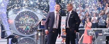 """Quoten: """"WWM""""-Jubiläum siegt haushoch, auch """"Fack ju Göhte 2"""" punktet – ZDF-Thriller und """"Hot oder Schrott""""-Marathon überzeugen – Bild: TVNOW/Frank Hempel"""