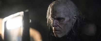 """""""NOS4A2"""": Gruselserie um Weihnachtsvampir und seine Limousine verfranzt sich – Review – Verfilmung des Romans von Joe Hill unausgeglichen zwischen Coming-of-Age-Drama und Horror-Fantasy – Bild: AMC"""