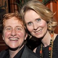 "Cynthia Nixon heiratet langjährige Freundin – ""Sex and the City""-Star findet Mrs. Right – Bild: People Magazine / Anita and Steve Shevett"