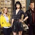 """ProSiebenSat.1 sichert sich aktuelle US-Comedyserien – """"2 Broke Girls"""" und """"Suburgatory"""" mit im Paket – Bild: ABC"""