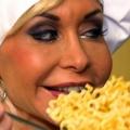 """VOX eröffnet """"Mein Promi Restaurant"""" – Neue Jobs für Dolly Buster und Olivia Jones – Bild: VOX / ITV Studios Germany"""
