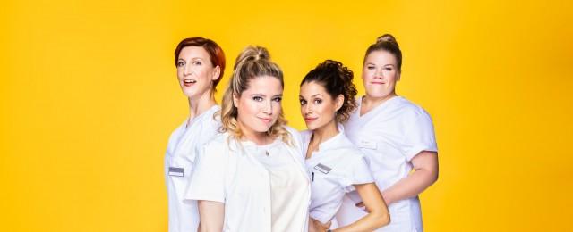 """""""Schwester, Schwester"""": Flachwitze und -wichser geben sich bei RTL die Ehre – Review – Neue Comedy wirkt wie Karikatur des altbekannten RTL-Humors – Bild: TVNOW / Benno Kraehahn"""
