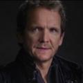 """Sebastian Roché bei den """"Vampire Diaries"""" – Früherer """"Supernatural""""-Engel bei einer weiteren CW-Serie – © Warner Bros. Television"""
