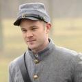 """Warehouse 13"": Syfy zeigt dritte Staffel ab Mai – Aaron Ashmore ersetzt Joanne Kelly – Bild: Syfy"