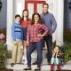 """""""American Housewife"""" und """"Younger"""": Neuer Anlauf bei sixx – US-Comedys entern den Montagabend – Bild: ABC/Craig Sjodin"""