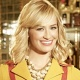 "Beth Behrs bleibt nach ""2 Broke Girls"" mit neuer Serienrolle CBS treu – Behrs übernimmt als neue Besetzung in ""The Neighborhood"" – Bild: CBS"