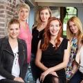 """VOX im November: Neue Doku-Soap """"6 Mütter"""" und zweite """"Geschickt eingefädelt""""-Staffel – Neuer Dienstagabend setzt auf Mode und Gefühle – Bild: VOX/Boris Breuer"""