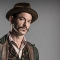 """""""Ripper Street""""-Darsteller Adam Rothenberg mit Hauptrolle in """"L.A. Crime"""" – Holley Fain ebenfalls verpflichtet – © BBC One"""