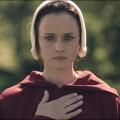 """""""Handmaid's Tale"""": Alexis Bledel ab Staffel zwei Hauptdarstellerin – Ex-""""Gilmore Girl"""" wird festes Mitglied des Ensembles – Bild: Take Five/Hulu"""