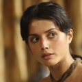 """""""The Good Karma Hospital"""": Amrita Acharia mit Hauptrolle in ITVs Wohlfühl-Serie – Das Krankenhaus am Rande der Stadt Goa – © HBO/Paul Shiraldi"""