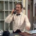 """""""Fawlty Towers"""": Andrew Sachs gestorben – Der mit der Rolle des Manuel bekannt gewordene Darsteller wurde 86 Jahre alt – Bild: BBC"""