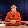 Angela Merkel führt zu Programmänderungen im Ersten und im ZDF – Sondersendungen anlässlich des 130-Milliarden-Euro-Konjunkturpakets – © ZDF/Thomas Kierok
