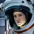 """""""Away"""": Netflix schickt Hilary Swank auf ungewisse Mars-Reise – Review – Sci-Fi-Drama mit Oscar-Preisträgerin zwischen Weltraum-Thrill und Klischee – © Netflix"""
