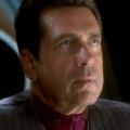 """Star Trek – Deep Space Nine"": Barry Jenner ist tot – 'Admiral Ross' wurde 75 Jahre alt – © CBS Paramount Television"