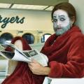 """""""Baskets"""": Comedy mit Zach Galifianakis bald im deutschen Free-TV – Düstere FX-Serie kommt bei ProSieben Maxx unter – © FX"""