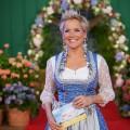 """Quoten: Fünf Millionen Zuschauer sehen """"Bauer sucht Frau""""-Auftakt – ZDF-Thriller holt Gesamtsieg, ProSieben-Comedys ebenfalls erfolgreich – Bild: TVNOW/Guido Engels"""