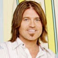 """CMT bestellt """"Still the King"""" mit Billy Ray Cyrus – Countrymusic-König kehrt nach """"Hannah Montana"""" ins Fernsehen zurück – © Disney Channel"""