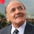 """Bruno Ganz im Alter von 77 Jahren verstorben – Ausnahme-Schauspieler wurde bekannt durch """"Der Himmel über Berlin"""" und """"Der Untergang"""" – Bild: Senator Film"""