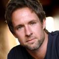 """""""Lucifer"""" besetzt Chris Payne Gilbert als Chloes verstorbenen Vater – FOX veröffentlicht Trailer für die zweite Staffel – © Lifetime"""